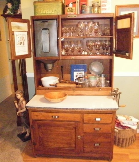 Antiques Kitchen Cabinets: 1000+ Images About Hoosier Cabinets On Pinterest